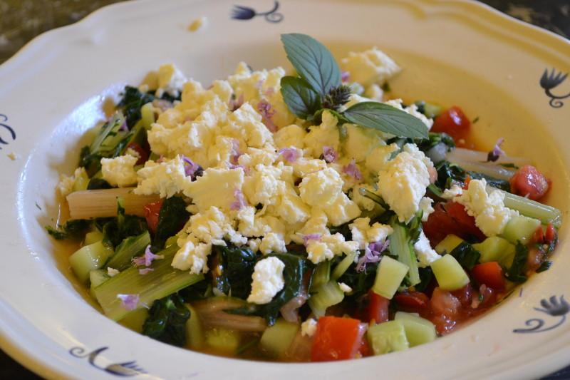Mediterraner Mangoldsalat