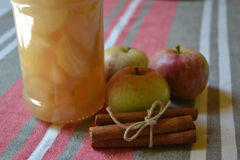 Apfelkompott eingekocht