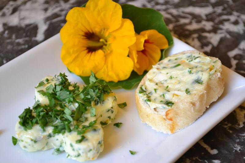 Kapuzinerkresse Butter